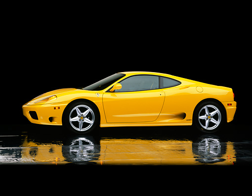 FRR 04 RK0166 06 © Kimball Stock 1999 Ferrari 360 Modena 3/4 Front View On Mylar Floor Studio