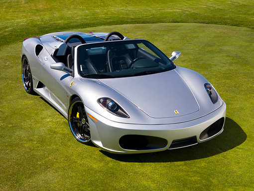 FRR 08 RK0121 01 © Kimball Stock 2007 Ferrari F430 Spider Silver Front 3/4 View On Grass