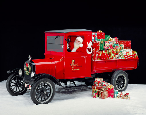 GCD 02 RK0009 01 © Kimball Stock Santa Clause In 1920 Ford Model T Red Truck With Christmas Presents On Snow Studio