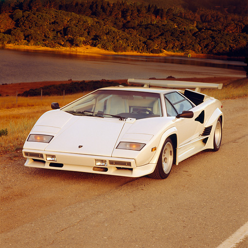 LAM 01 RK0185 02 © Kimball Stock Lamborghini Countach White 3/4 Front View  On