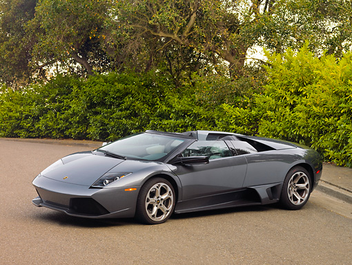 LAM 01 RK0665 01 © Kimball Stock 2008 Lamborghini Murcielago LP640 Roadster Gray 3/4 Front View On Pavement