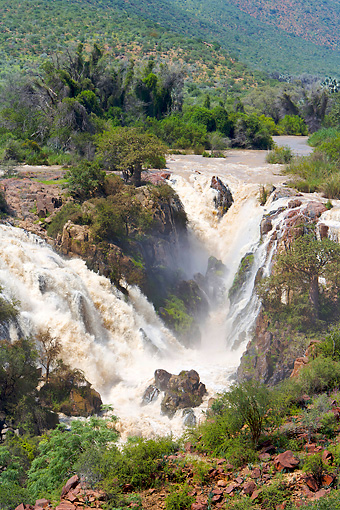 LAN 01 HP0009 01 © Kimball Stock Kunene River And Waterfalls In Kaokoveld, Namibia