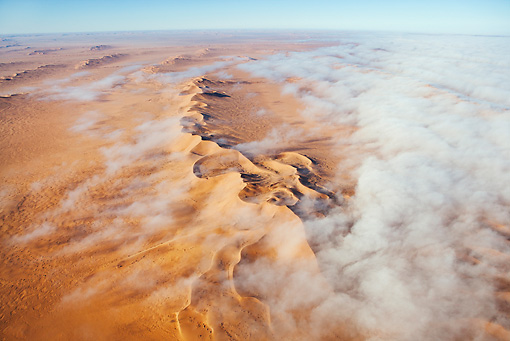 LAN 01 MH0027 01 © Kimball Stock Thick Fog From Atlantic Ocean Blanketing Dunes Namib Desert