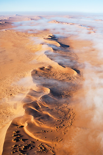 LAN 01 MH0032 01 © Kimball Stock Thick Fog From Atlantic Ocean Blanketing Dunes Namib Desert