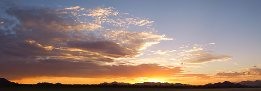 LAN 01 MH0108 01 © Kimball Stock NamibRand Nature Reserve At Sunset In Southwestern Namibia