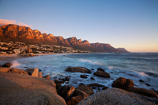 LAN 01 MH0128 01 © Kimball Stock Camps Bay Beach With View Of Twelve Apostles Mountain Range In Cape Town, South Africa