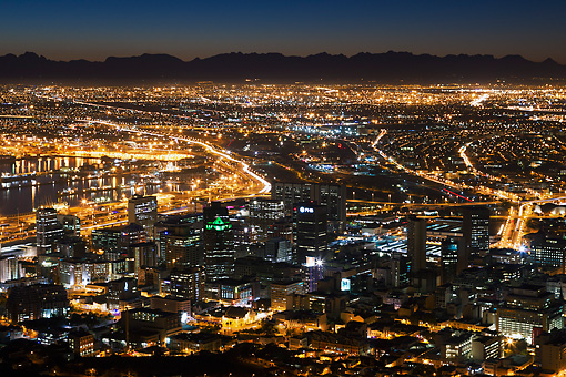 LAN 01 MH0131 01 © Kimball Stock Cape Town City Centre At Sunrise In South Africa