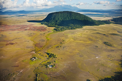 LAN 04 MH0018 01 © Kimball Stock Aerial View Of Tepuis Risen From Surrounding Plains In Gran Sabana