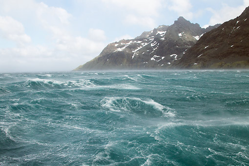 LAN 06 MC0005 01 © Kimball Stock Stormy Water And Mountains In Antarctic Region, Drysgalski Fjord