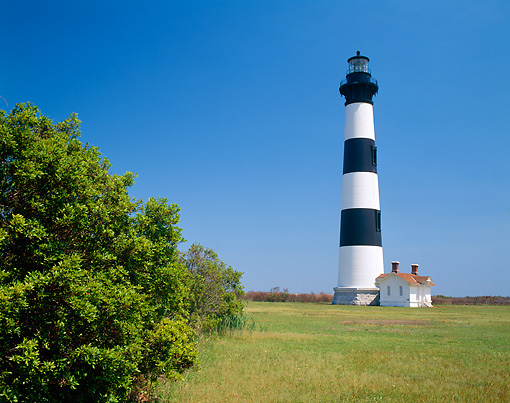 LAN 07 GR0009 01 © Kimball Stock Bodie Island Lighthouse On Cape Hatteras National Seashore, North Carolina