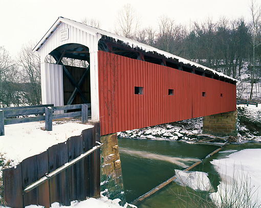 LAN 07 GR0053 01 © Kimball Stock Harra Covered Bridge During Winter In Washington County, Ohio