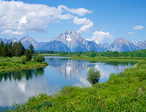 LAN 07 GR0070 01 © Kimball Stock Mount Moran And Snake River At Grand Teton National Park, Wyoming