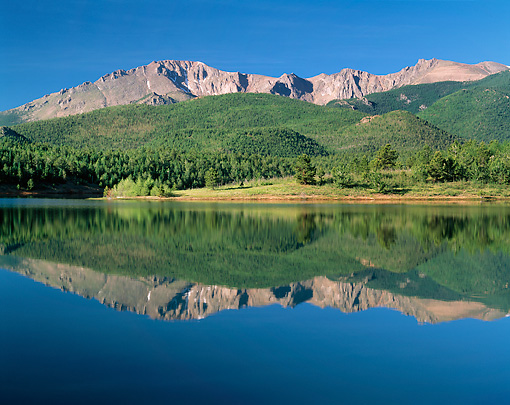 LAN 07 GR0085 01 © Kimball Stock Pikes Peak Reflected In Crystal Reservoir During Summer In Colorado