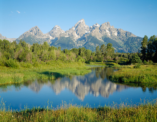 LAN 07 GR0108 01 © Kimball Stock Teton Peaks Grand Teton National Park, Wyoming