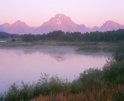 LAN 07 GR0168 01 © Kimball Stock Mount Moran Over Oxbow Bend Of The Snake River, Grand Teton National Park, Wyoming