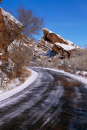 LAN 07 RF0204 01 © Kimball Stock Red Rock Park In Winter Colorado