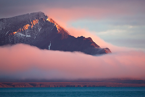 LAN 08 KH0068 01 © Kimball Stock Landscape Of Svalbard Under Midnight Sun