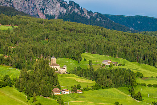 LAN 08 KH0083 01 © Kimball Stock Chateau Trostburg In Val Gardena Valley South Tyrol, Italy