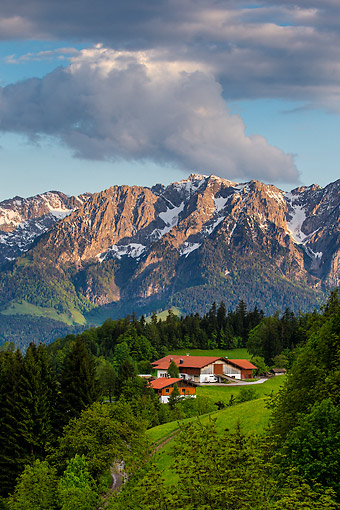 LAN 08 KH0134 01 © Kimball Stock Alpine Farm And Mountain Landscape In Spring In Austria