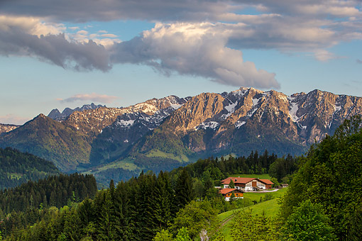LAN 08 KH0135 01 © Kimball Stock Alpine Farm And Mountain Landscape In Spring In Austria