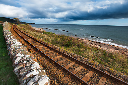 LAN 08 MH0011 01 © Kimball Stock Railroad Of The Royal Scotsman Train Through Scottish Countryside Along North Sea
