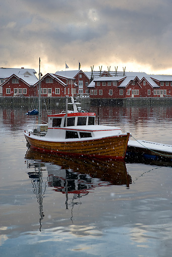 LAN 08 KH0003 01 © Kimball Stock Boat Tied Up At Dock By Town Norway