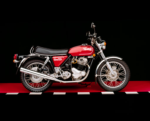 MOT 01 RK0371 06 © Kimball Stock 1975 Norton MK3 850 Roadster Red Side View On Red Floor Checkered Line Studio