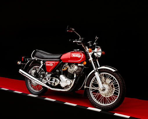MOT 01 RK0372 04 © Kimball Stock 1975 Norton MK3 850 Roadster Red 3/4 Front View On Red Floor Checkered Line Studio