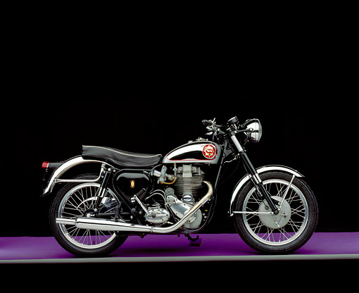 MOT 01 RK0402 01 © Kimball Stock 1960 BSA Gold Star 500cc Side View On Purple Floor Gray Line Studio
