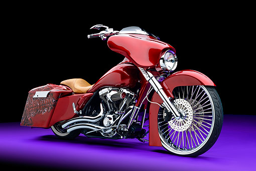 MOT 01 RK0837 01 © Kimball Stock 2006 Harley-Davidson Road King Custom Candy Apple Red 3/4 Front View In Studio