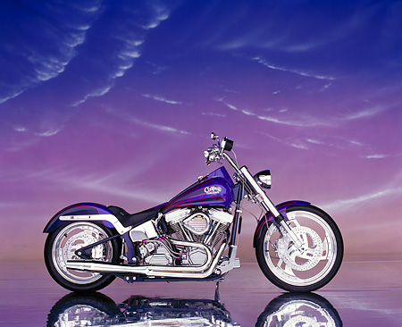 MOT 01 RK0032 03 © Kimball Stock 1997 Purple California Custom