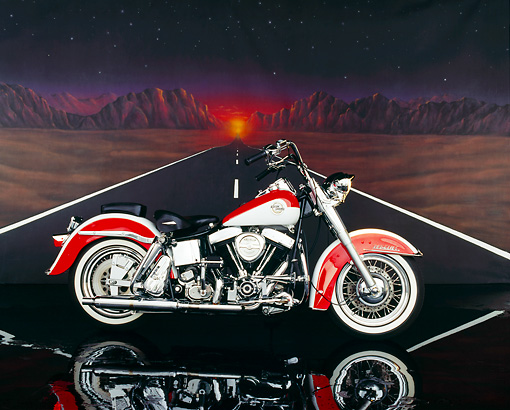 MOT 01 RK0254 03 © Kimball Stock 1992 Custom Chrome Special Construction FLH Red And White Profile Desert Road
