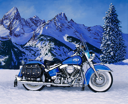 MOT 01 RK0305 01 © Kimball Stock 1990 Custom Chrome Pan-Tail Blue Profile Alpine Trees With Snow