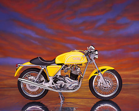 MOT 01 RK0351 06 © Kimball Stock 1975 Commando Special Construction Yellow Profile View Studio