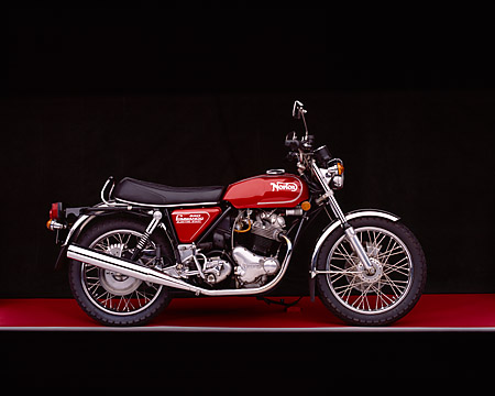 MOT 01 RK0373 04 © Kimball Stock 1975 Norton MK3 850 Roadster Red Profile View Studio