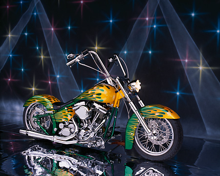 MOT 01 RK0450 02 © Kimball Stock 2004 Coastside Custom Softail Green Yellow Flames