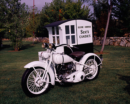 MOT 01 RK0535 03 © Kimball Stock See's Candy Motorcycle Black And White 3/4 Front View With Sidecar On Grass