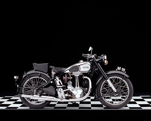 MOT 01 RK0580 03 © Kimball Stock 1947 Norton Model 18 Black And Chrome Side View On Checkered Floor Studio