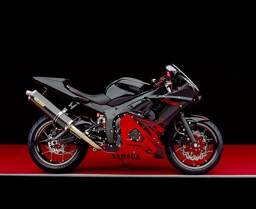 MOT 02 RK0195 02 © Kimball Stock 2003 Yamaha R6 LE Black With Red Flames Side View On Red Floor Gray Line Studio