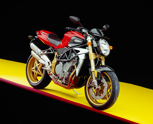 MOT 02 RK0261 02 © Kimball Stock 2004 MV Agusta Brutale Oro Red 3/4 Front View On Yellow Floor Red Line Studio