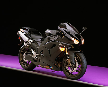 MOT 02 RK0293 04 © Kimball Stock 2006 Kawasaki ZX-10R Black Side 3/4 View On Purple Floor Studio