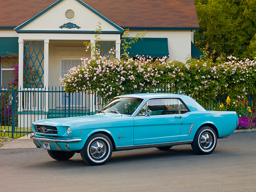 MST 01 RK1133 01 © Kimball Stock 1965 Ford Mustang Sea Foam Green 3/4 Front View On Pavement By House