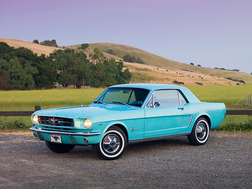 MST 01 RK1134 01 © Kimball Stock 1965 Ford Mustang Sea Foam Green 3/4 Front View On Gravel By Hills