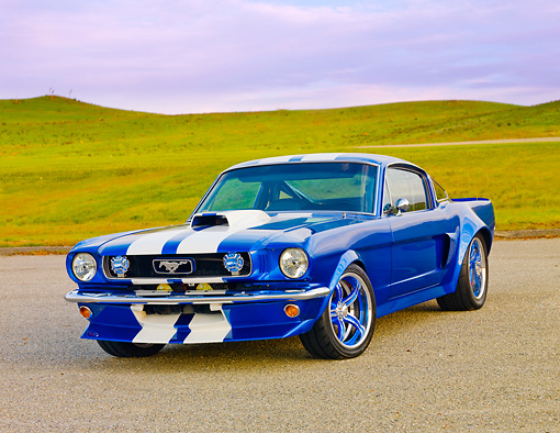 MST 01 RK1206 01 © Kimball Stock 1965 Ford Mustang Pro Street Blue With White Stripes 3/4 Front View Location