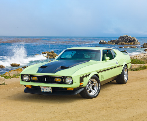MST 01 RK1340 01 © Kimball Stock 1971 Ford Mustang Mach 1 Grabber Lime 3/4 Front View On Sand By Ocean