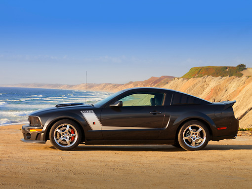 MST 01 RK0956 01 © Kimball Stock 2007 Ford 427 Roush Mustang Black Profile View On Sand