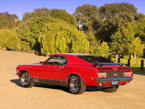 MST 01 RK0993 01 © Kimball Stock 1970 Ford Mustang Mach 1 Red 3/4 Rear View On Pavement