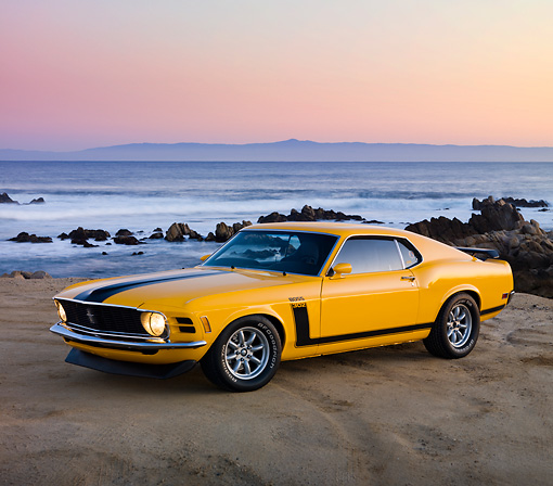 MST 01 RK1116 01 © Kimball Stock 1970 Ford Boss 302 Mustang School Bus Yellow With Black Stripe 3/4 Front View By Ocean
