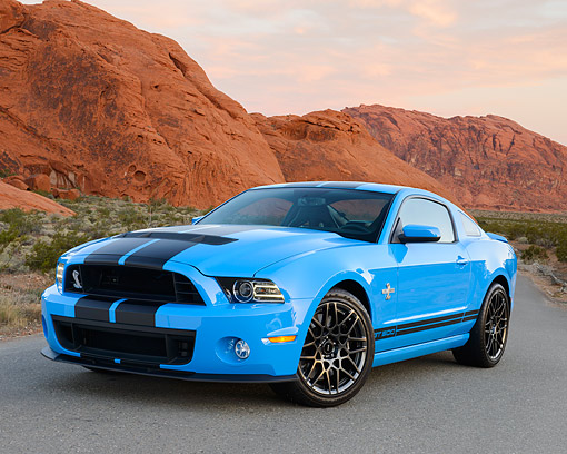 MST 03 RK0926 01 © Kimball Stock 2013 Ford Mustang Shelby GT 500 Grabber Blue 3/4 Front View On Pavement In Desert