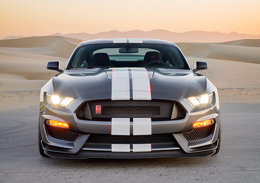 MST 03 RK0928 01 © Kimball Stock 2016 Ford Mustang Shelby GT-350R Gray Front View In Desert